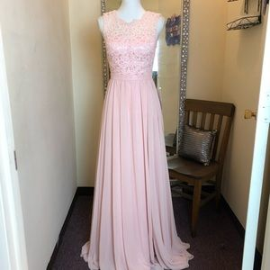 NWT Pink Bridesmaid Prom Pageant Dress